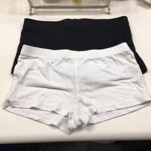 Zenana Outfitters Shorts - (2) lounge/booty  shorts